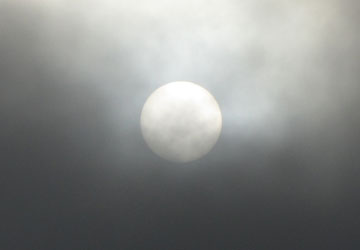 闇を切り裂く太陽の写真(Photos of the sun cuts through the darkness)9