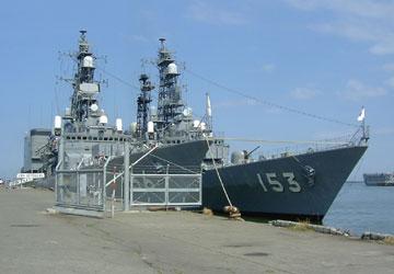 護衛艦せとぎり&ゆうぎり3 ゆうぎりは1989年、せとぎりは1990年に就役しました。 このよう